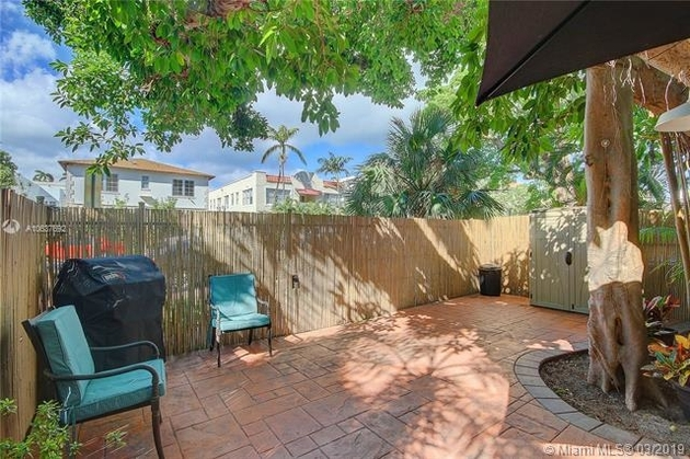 1347, Miami Beach, FL, 33139 - Photo 2