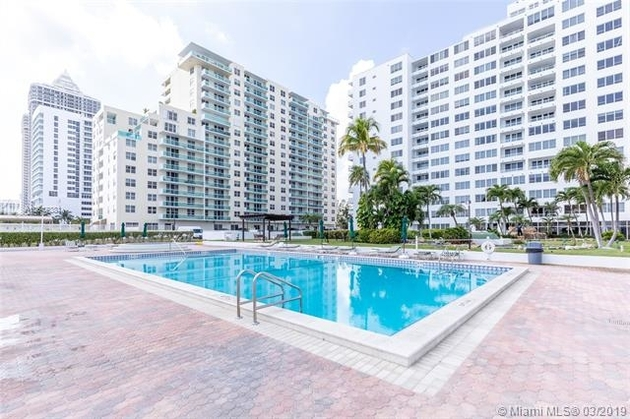 2875, Miami Beach, FL, 33140 - Photo 2