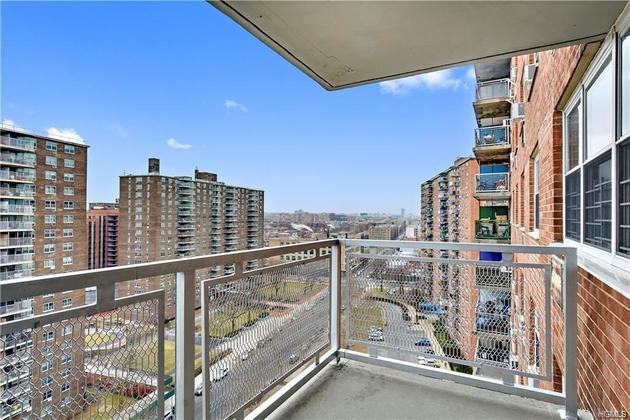 10000000, Bronx, NY, 10473-4434 - Photo 2
