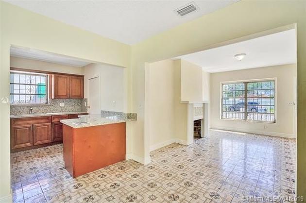 2071, Miami, FL, 33135 - Photo 2