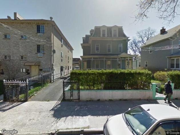 10000000, Bronx, NY, 10466 - Photo 1