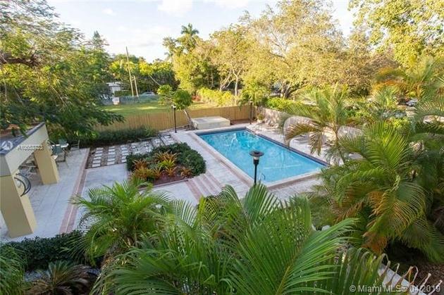 2011, Miami, FL, 33133 - Photo 1