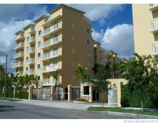 878, Miami, FL, 33125 - Photo 1