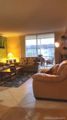 1061, North Miami Beach, FL, 33160 - Photo 1