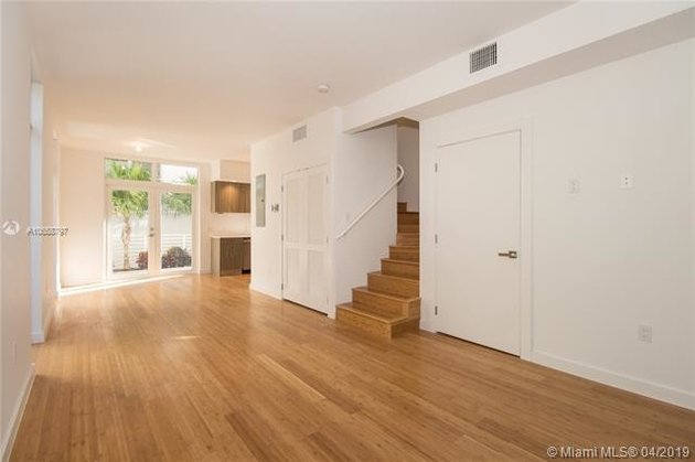 4027, Miami Beach, FL, 33139 - Photo 2