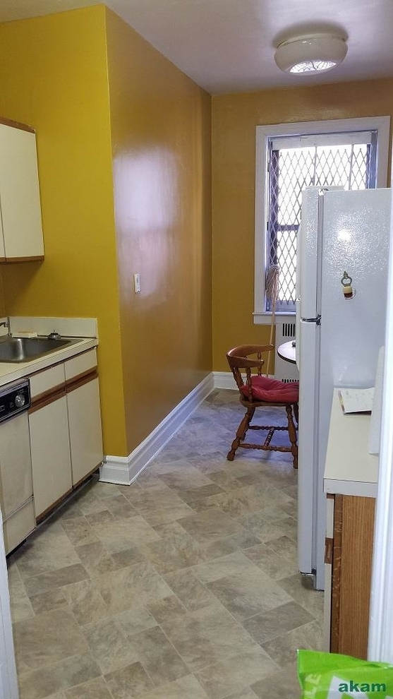 1385, Queens, NY, 11372 - Photo 2