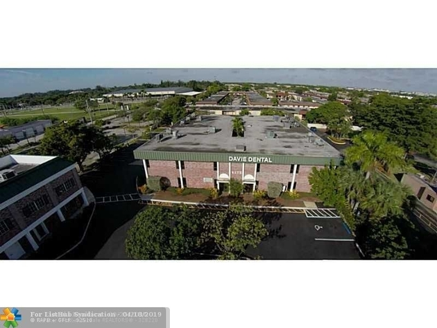 10000000, Davie, FL, 33314 - Photo 1