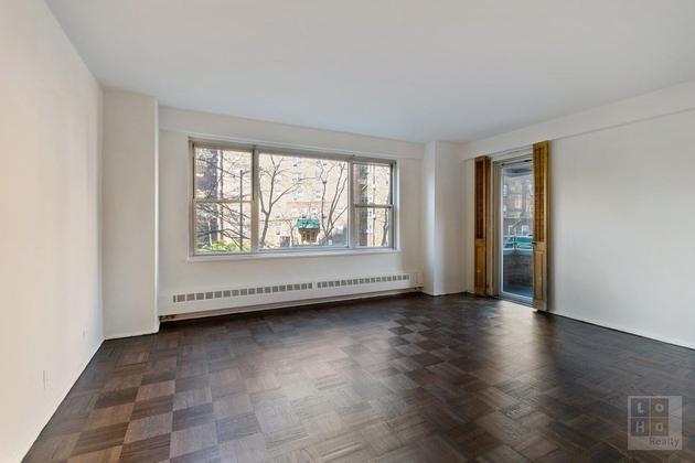 4351, Manhattan, NY, 10002 - Photo 1