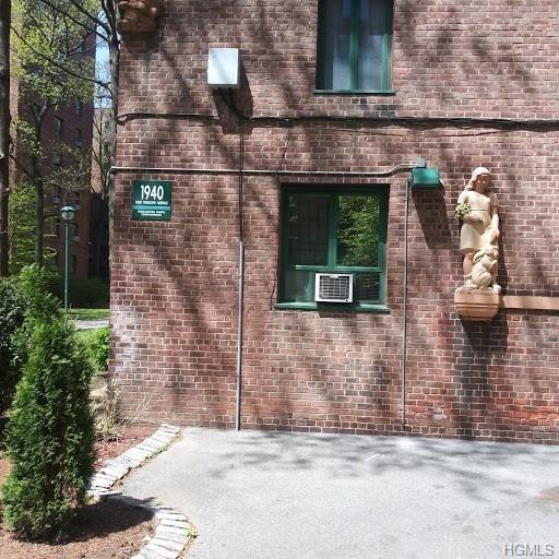 1351, Bronx, NY, 10462-5648 - Photo 1
