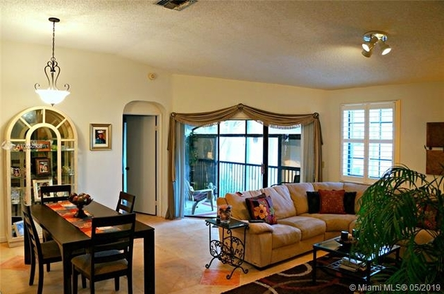 1185, Pembroke Pines, FL, 33027 - Photo 2