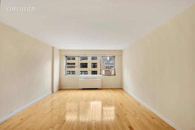 3657, New York, NY, 10017 - Photo 2