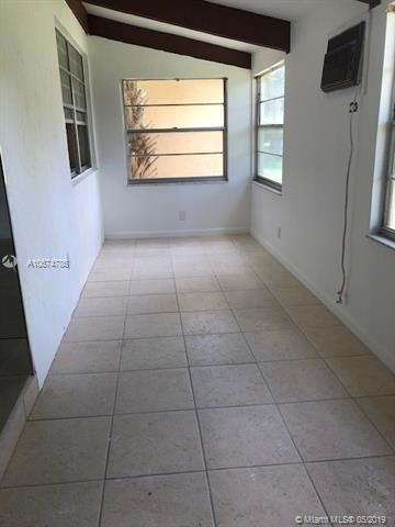744, Hollywood, FL, 33024 - Photo 2