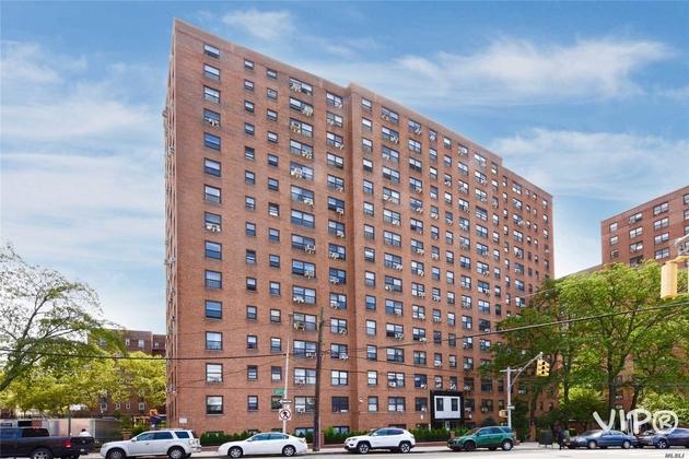 10000000, Rego Park, NY, 11374 - Photo 2