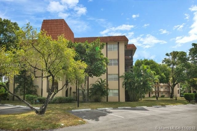 527, Lauderhill, FL, 33319 - Photo 1