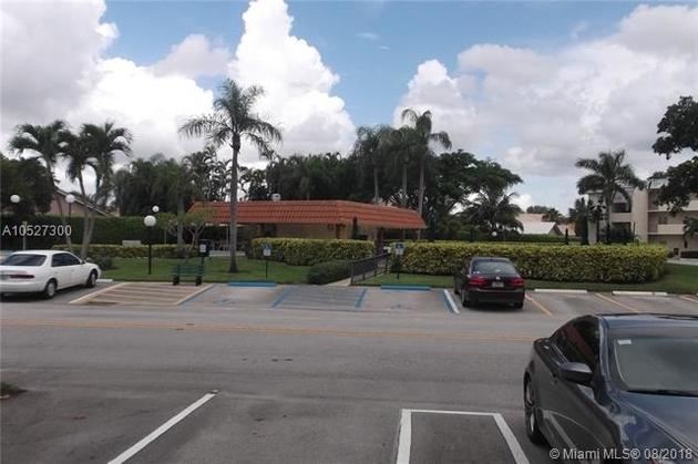 423, Pembroke Pines, FL, 33025 - Photo 2