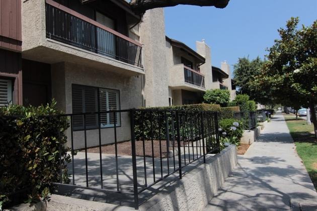 10000000, Los Angeles, CA, 90025 - Photo 2
