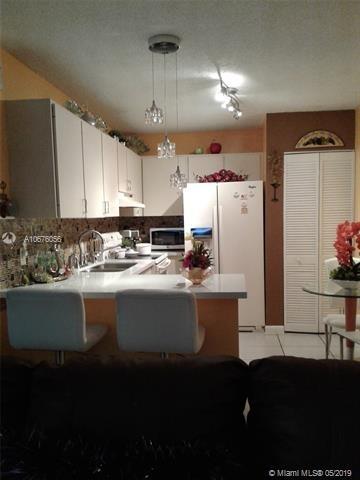 894, Miami, FL, 33125 - Photo 1