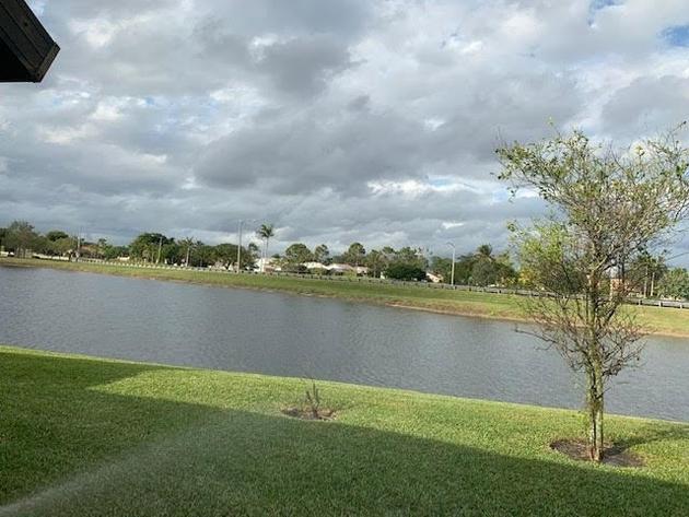10000000, Boynton Beach, FL, 33472 - Photo 2