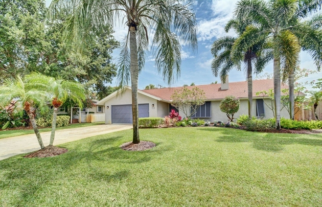 10000000, Boynton Beach, FL, 33435 - Photo 1