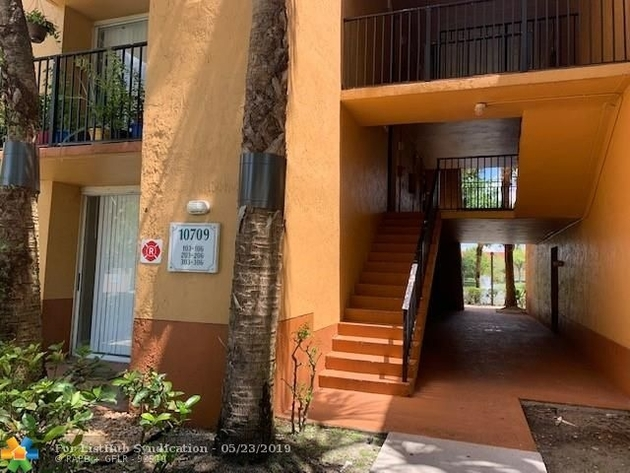 868, Plantation, FL, 33324 - Photo 2