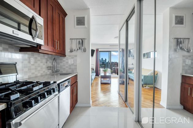 2500, Queens, NY, 11102 - Photo 1