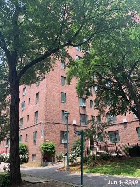 854, Bronx, NY, 10462 - Photo 1