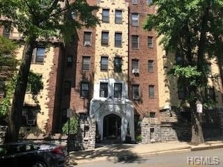 10000000, Mount Vernon, NY, 10552 - Photo 1