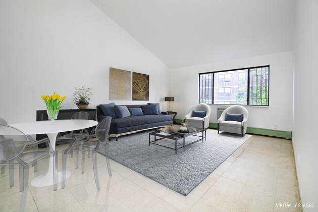 7601, Manhattan, NY, 10002 - Photo 1