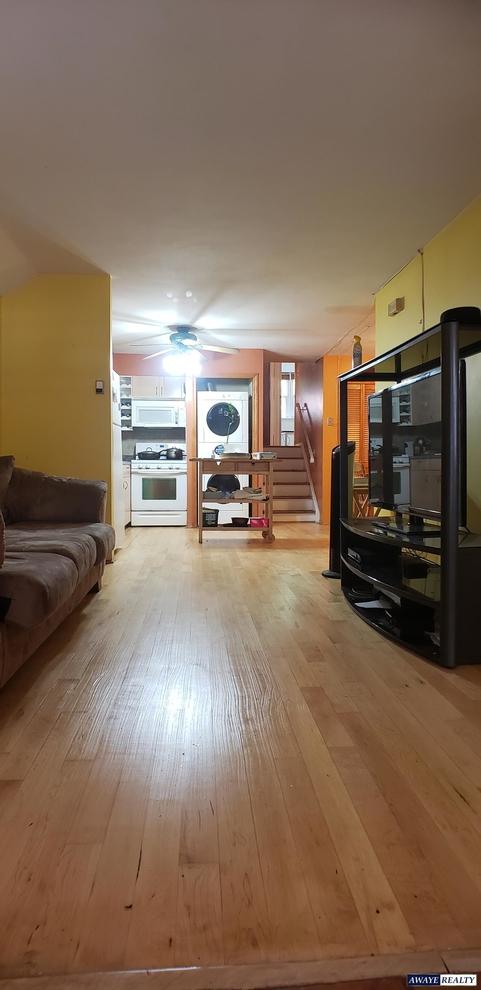 2820, Brooklyn, NY, 11209 - Photo 2