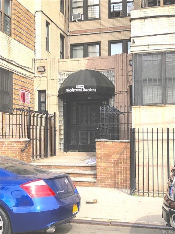 10000000, Bronx, NY, 10452 - Photo 2