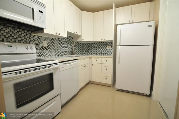 730, Wilton Manors, FL, 33305 - Photo 2