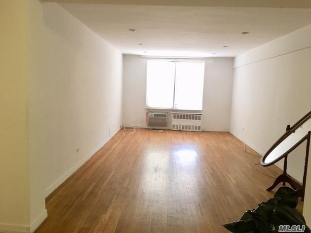 10000000, Elmhurst, NY, 11373 - Photo 2