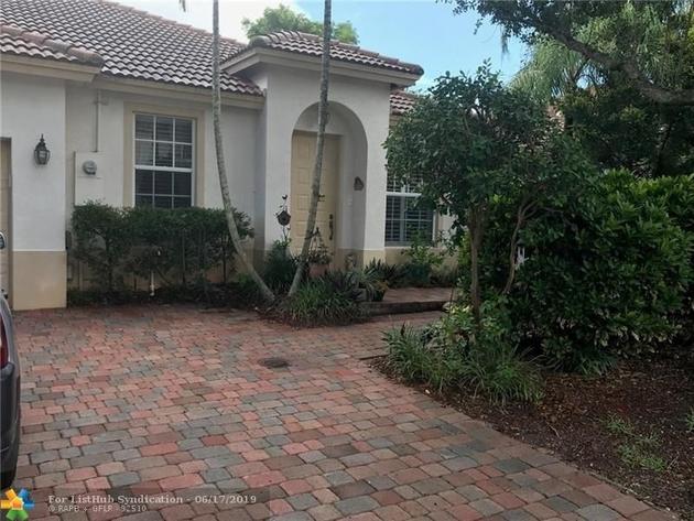 1827, Pembroke Pines, FL, 33024 - Photo 1