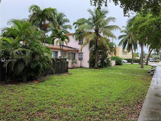 2569, North Miami, FL, 33161 - Photo 2