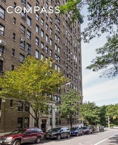 21881, New York, NY, 10024 - Photo 1