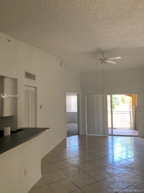 1075, Pembroke Pines, FL, 33024 - Photo 2