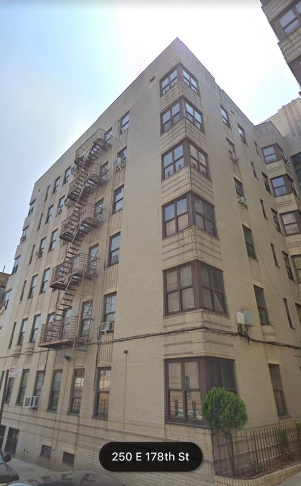 10000000, Bronx, NY, 10457 - Photo 2
