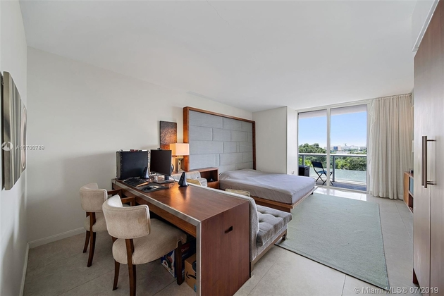 1407, Miami, FL, 33132 - Photo 1