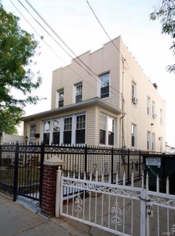 6449, Bronx, NY, 10473-3633 - Photo 1