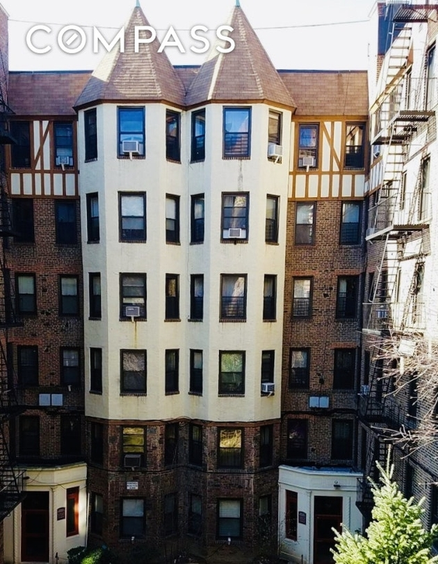 1314, Bronx, NY, 10462 - Photo 1