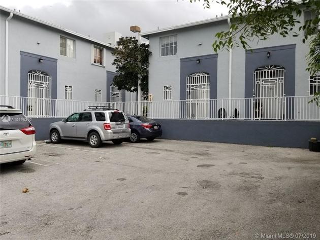 920, Miami, FL, 33128 - Photo 1