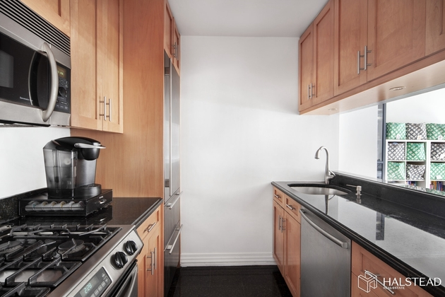 9381, New York City, NY, 10024 - Photo 2