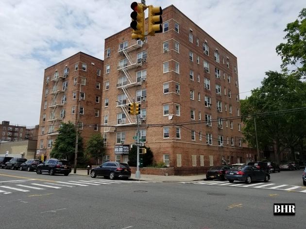840, Brooklyn, NY, 11235 - Photo 1