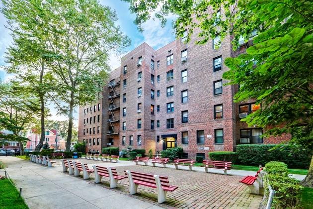 1157, Brooklyn, NY, 11235 - Photo 1