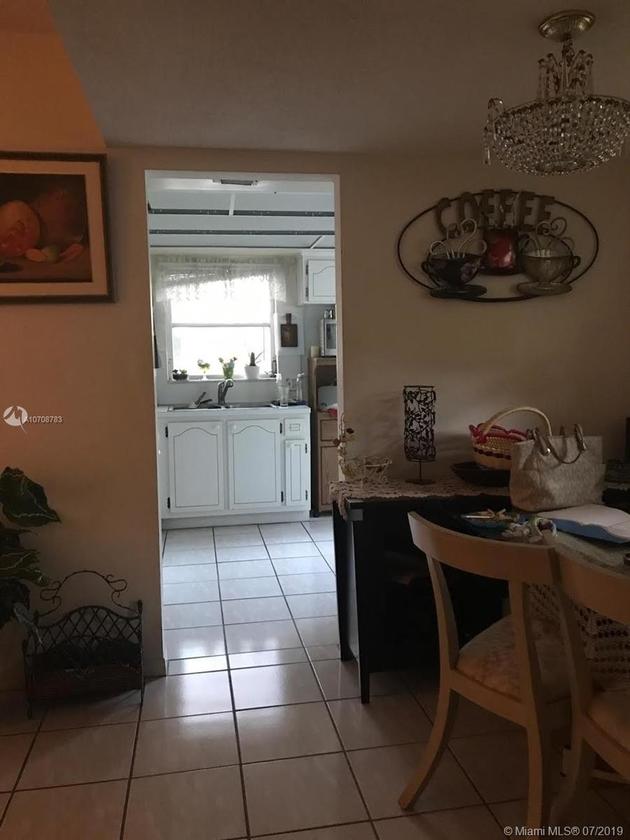 800, Pembroke Pines, FL, 33027 - Photo 2