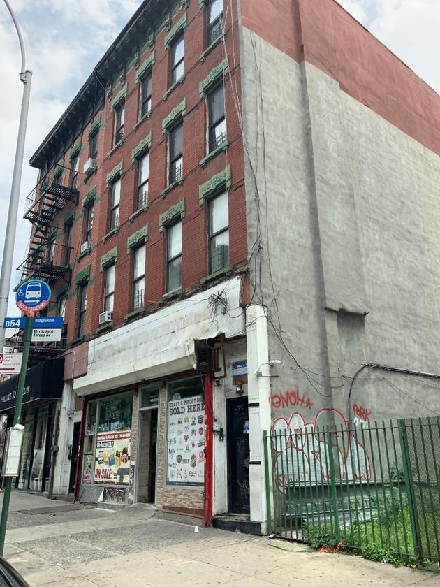 10000000, Brooklyn, NY, 11206 - Photo 1