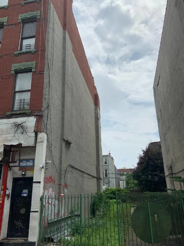 10000000, Brooklyn, NY, 11206 - Photo 2
