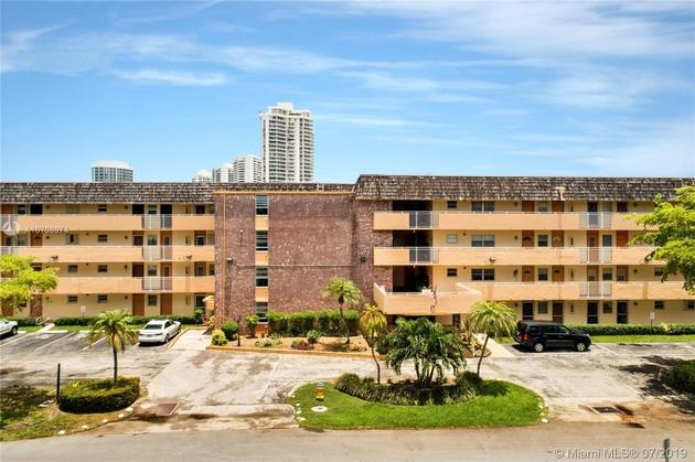 699, North Miami Beach, FL, 33160 - Photo 2