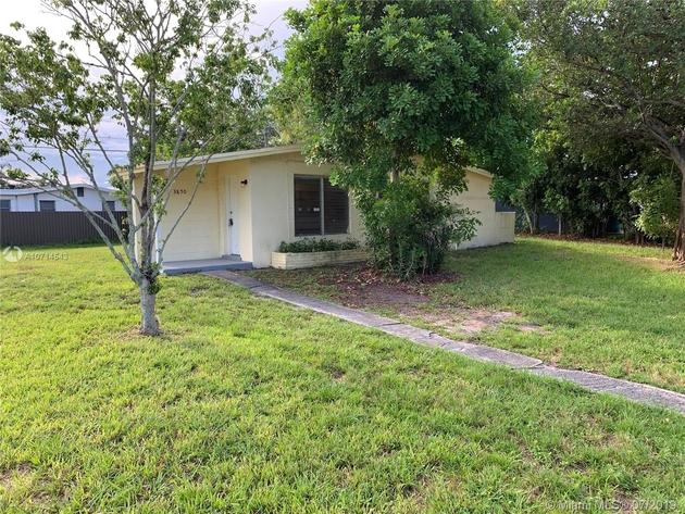 960, Davie, FL, 33314 - Photo 1