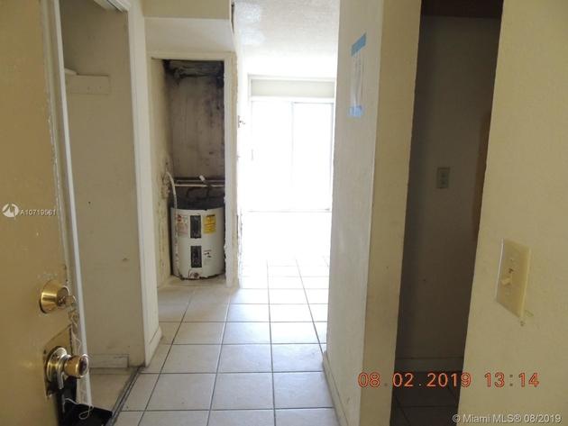 577, Miami, FL, 33126 - Photo 2